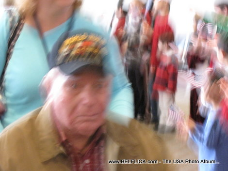 A bad photo of a World War II veteran, No respect for the hero... LOL